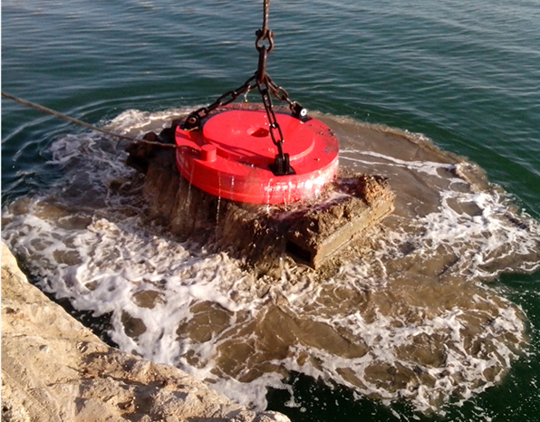 潜水型耐压电磁铁 用途: